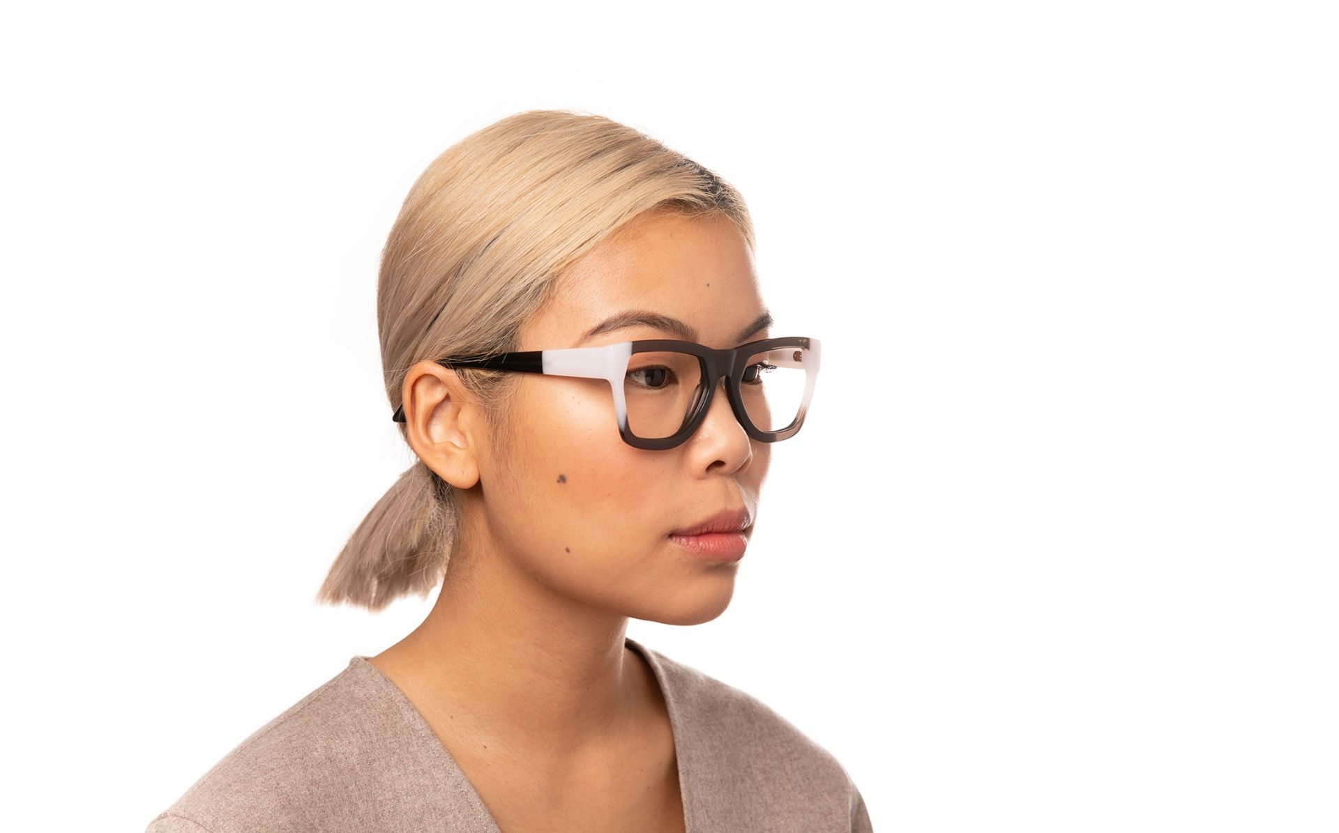 aalto black polette glasses model view 01