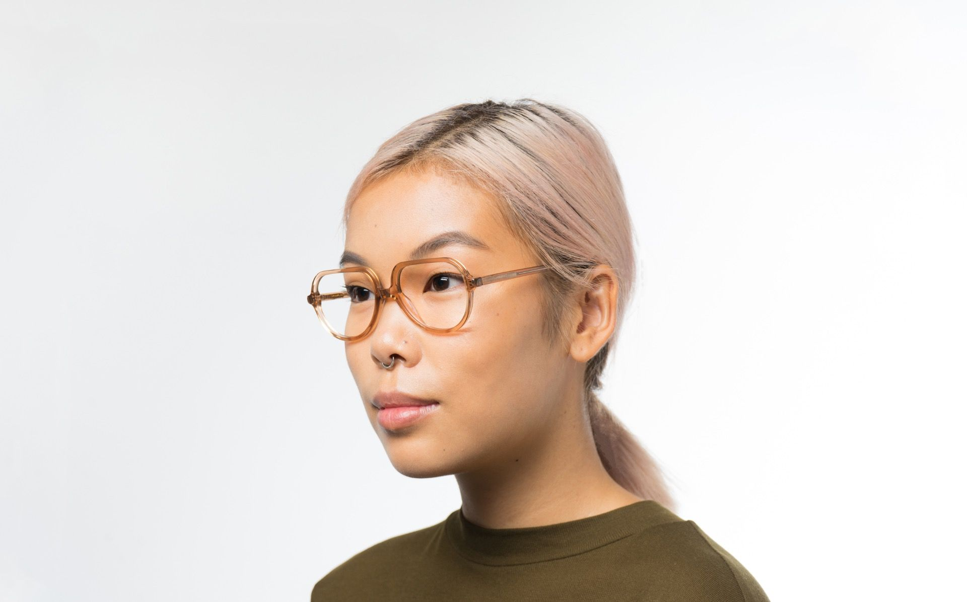 beckett polette glasses model view 01 crop
