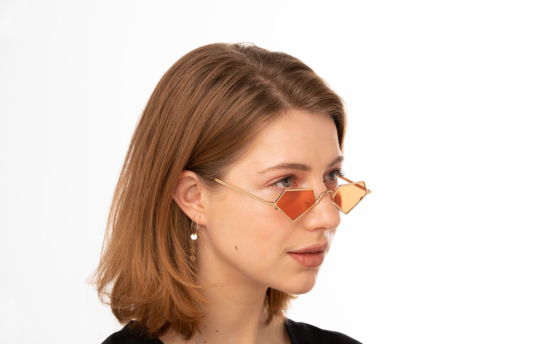 diamante polette glasses model view 01