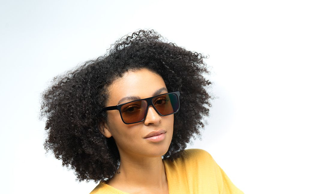 drake brown polette glasses model view 01