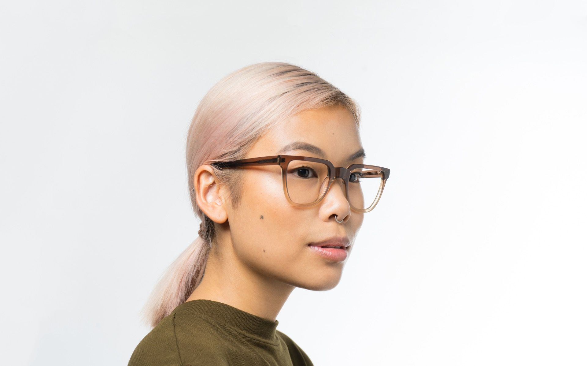 finley brown polette glasses model view 02 crop