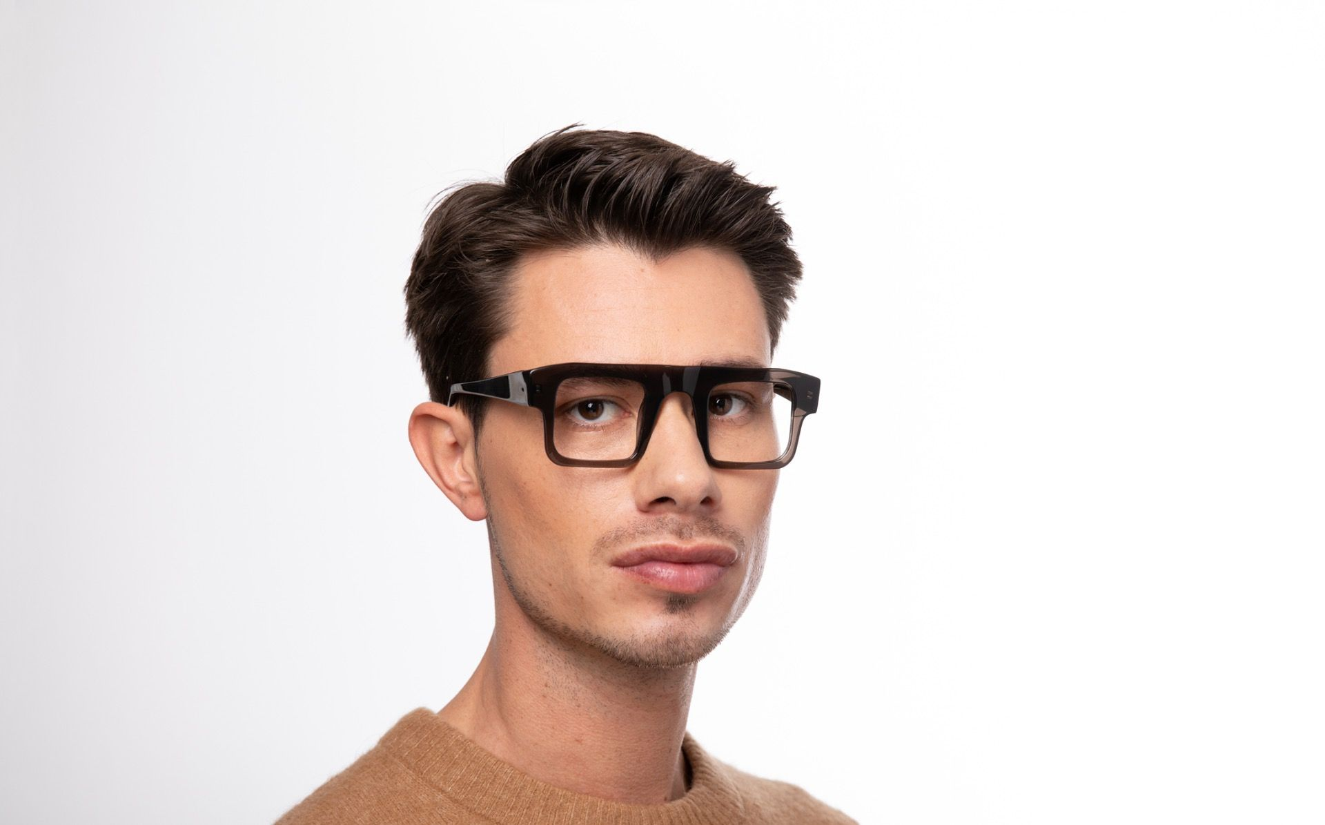 matias polette glasses model view 04