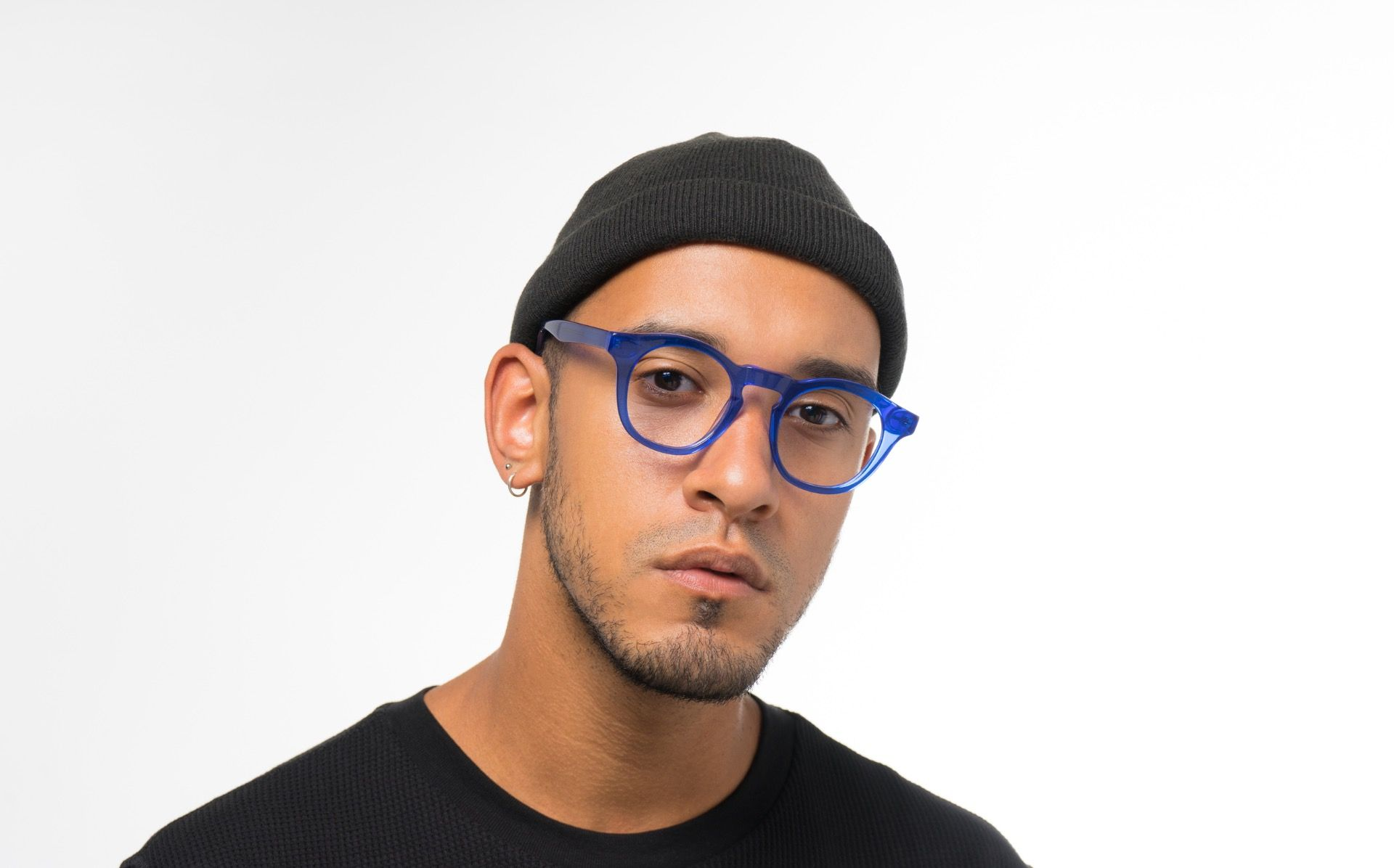 maxwell blue polette glasses model view 03 crop
