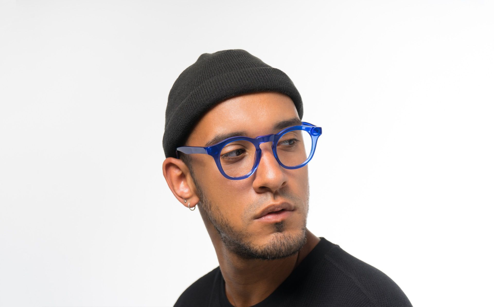 maxwell blue polette glasses model view 04 crop