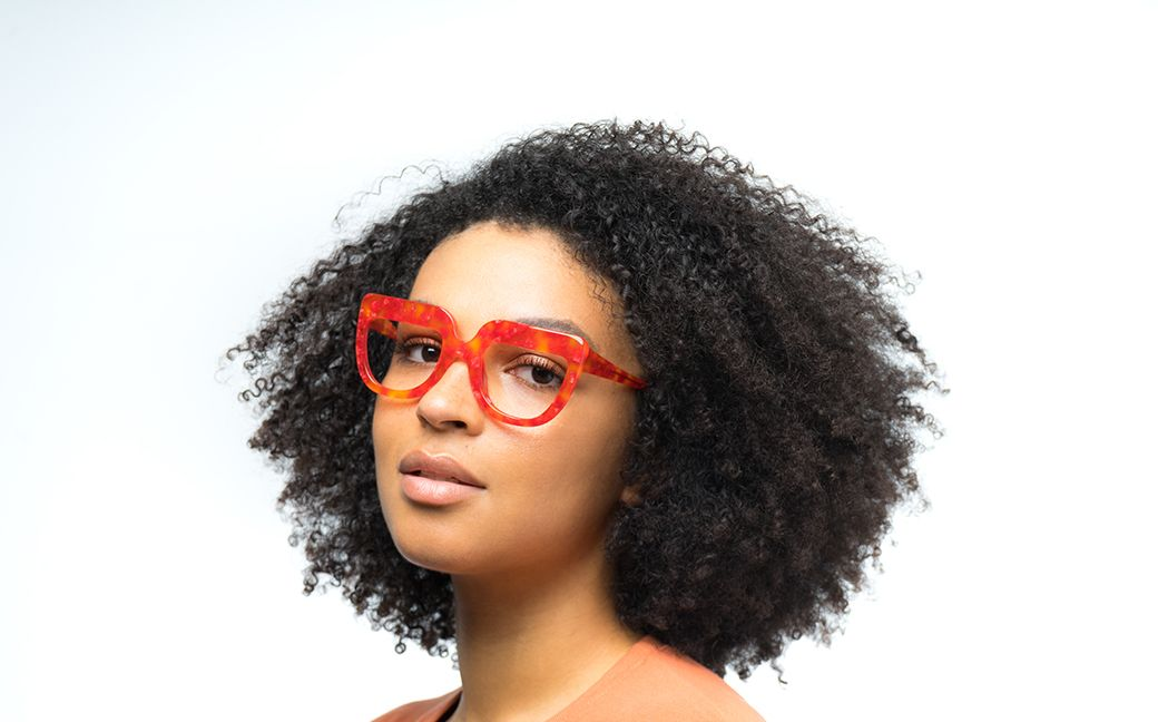 molly view red polette glasses model view 01