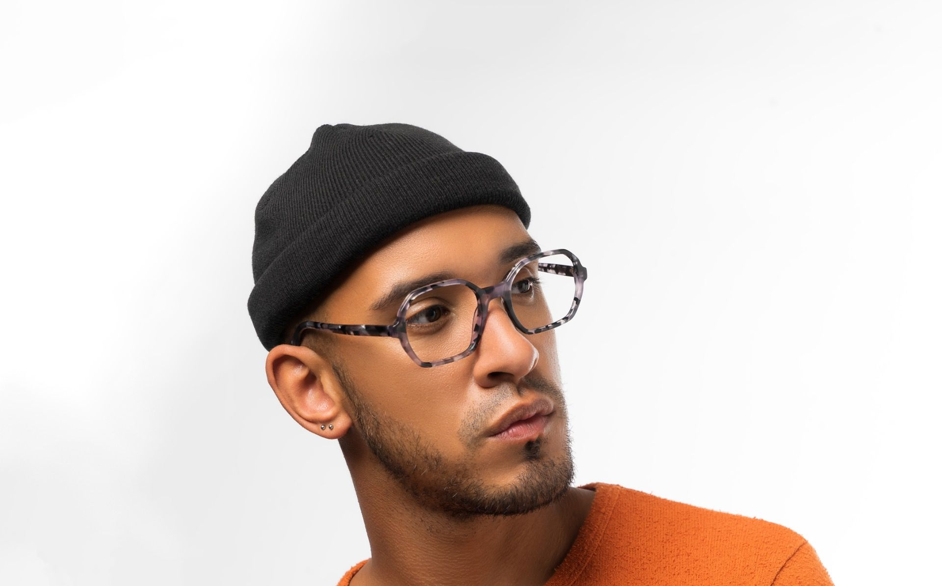 pompadour grey polette glasses model view 04