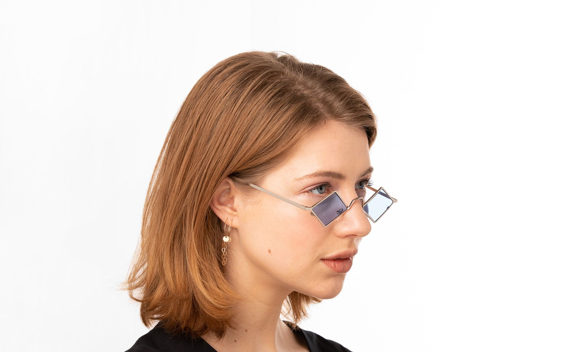 precioso silver polette glasses model view 01