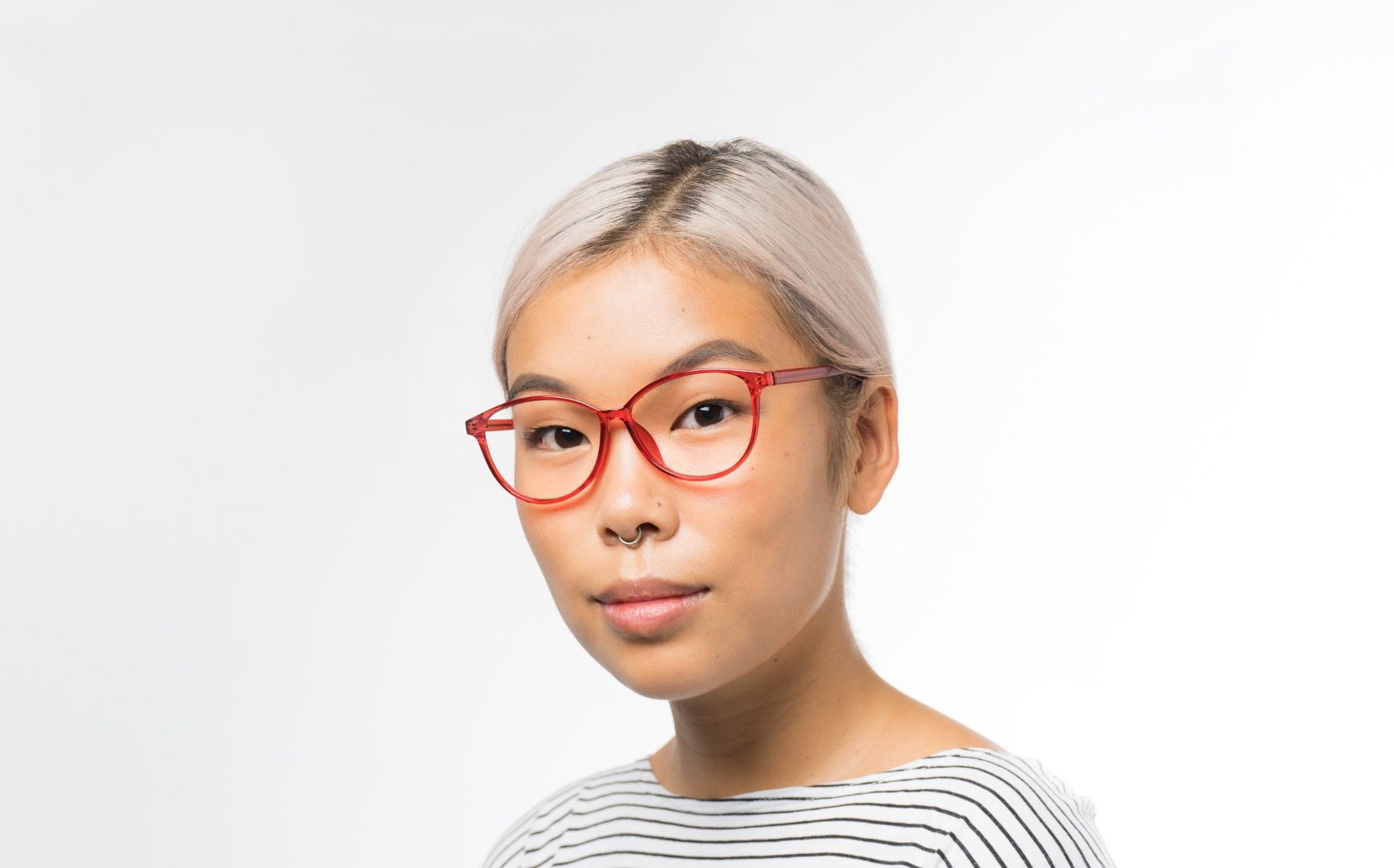 tassel polette glasses model view 02 crop