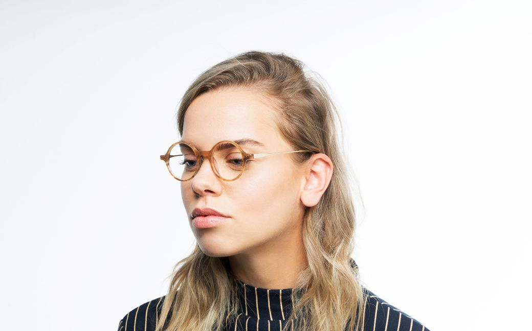 warren brown polette glasses model view 01 1