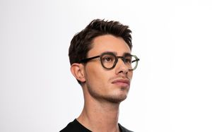 benicio green polette glasses model view 04