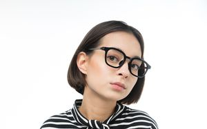 daniel black polette glasses model view 02