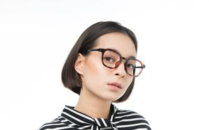 daniel polette glasses model view 02