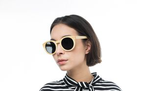 ebony beige polette glasses model view 01
