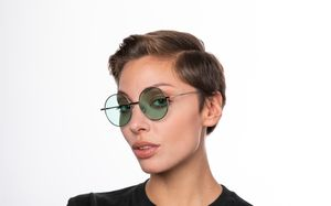 exciter green polette glasses model view 01