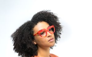 molly view red polette glasses model view 02
