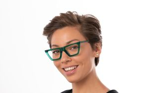 regina view green polette glasses model view 01