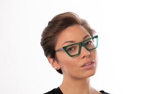 regina view green polette glasses model view 02