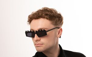 reptilia black polette glasses model view 04