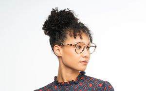 shannon marble polette glasses model view 01