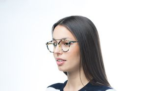 the look marble polette glasses model view 01 crop