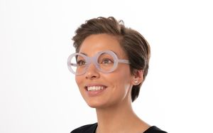 wonka view white polette glasses model view 01